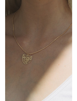 Gold Queen Of Hearts Charm Necklace by Brandy Melville