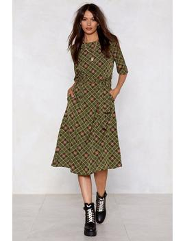 Take The Plaid With The Good Midi Dress by Nasty Gal
