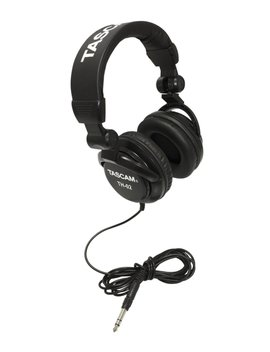 Tascam Th 02 Closed Back Studio Headphones, Black by Tascam