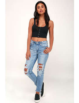 The Rivington Light Wash Distressed Jeans by Lulu's