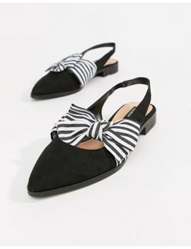 Pull&Bear Slingback Point Toe Shoe With Bow In Black by Pull&Bear