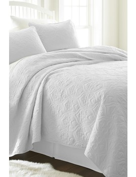 Home Spun Premium Ultra Soft Damask Pattern Quilted Queen Coverlet Set   White by Ienjoy Home