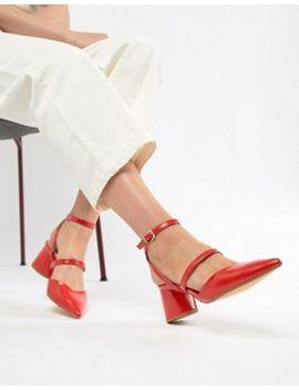 Bershka – Schuhe Mit Blockabsatz Und Mehreren Riemen In Rot by Bershka