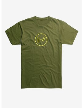 Twenty One Pilots Yellow Double Lines Logo T Shirt Hot Topic Exclusive by Hot Topic