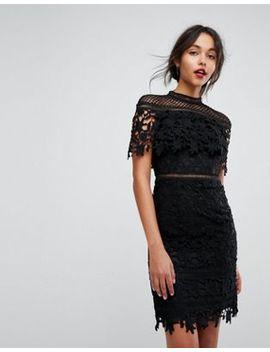 Chi Chi London – Svart Miniklänning I Spets Med Hög Krage by Asos
