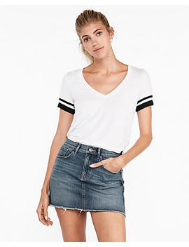 Express One Eleven Sporty V Neck Slim Tee by Express