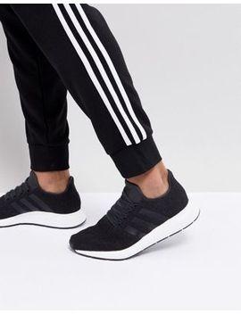 Adidas Originals – Swift Run – Schwarze Sneaker, Cq2114 by Adidas Originals