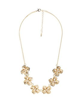 Flower Faux Pearl Necklace by Charlotte Russe