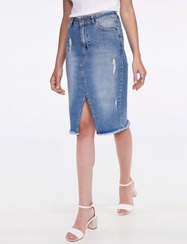 חצאית ג'ינס עם שסע קדמי by Castro