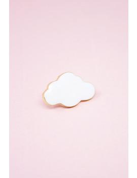 White Cloud Pin by Brandy Melville