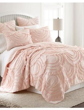Lyla Ruffled Luxury Quilt Lyla Ruffled Luxury Quilt by Oscar & Grace Oscar & Grace