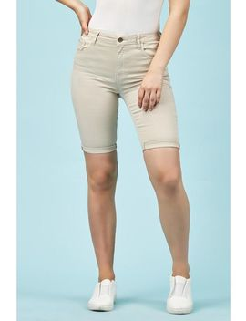 Beige Turn Up Hem Shorts by Trendeo