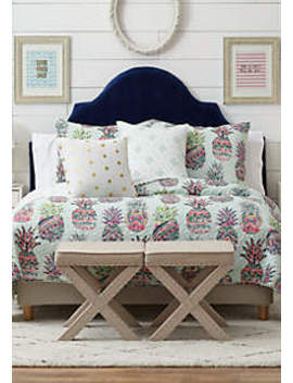 Tara Pineapple Quilt by Crown & Ivy™