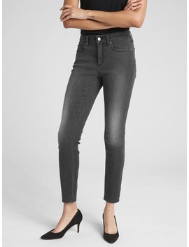 Soft Wear Mid Rise Curvy True Skinny Jeans by Gap
