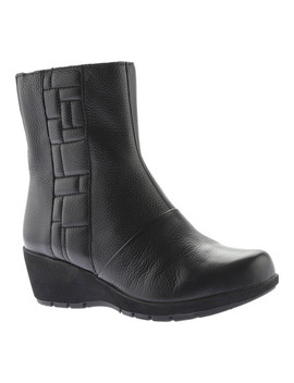 Jane Ankle Zip Boot by Aetrex