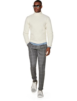 Off White Turtleneck by Suitsupply