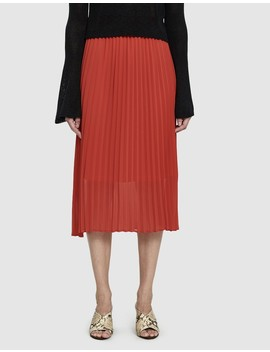 Moe Pleated Skirt In Ribbon Red by Just Female