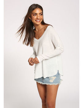 White Thermal Knit Wide V Top by Love Culture