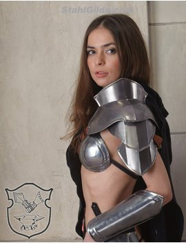 "Larp, Female Armor ,Fantasy, Cospaly Costume, Viking Steel  Armor For Women, Shoulder/Pauldron ""Heroine Of Arena"" One Unit by Flamberg Art"