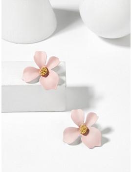 Flower Shaped Stud Earrings by Sheinside
