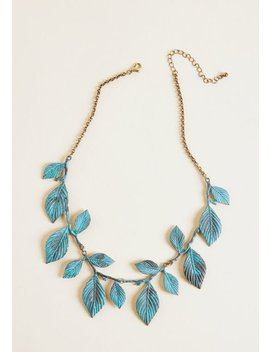 Frond And Center Necklace by Modcloth