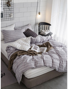 Pencil Striped Duvet Cover Set by Sheinside