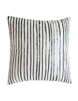 Striped Pattern Pillowcase by Sheinside