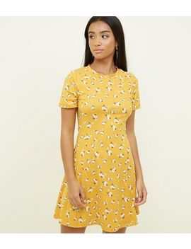 Petite Yellow Ditsy Floral Soft Touch Skater Dress by New Look