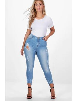 Plus Fray Detail Step Hem Skinny Jean by Boohoo