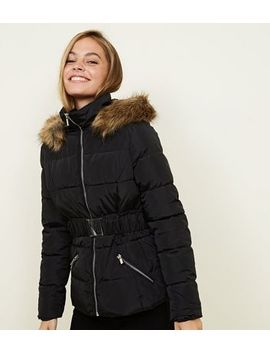 Petite Black Faux Fur Hooded Belted Puffer Jacket by New Look