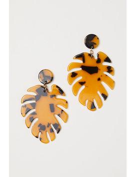 Blattförmige Ohrringe by H&M