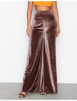 Wide Velvet Pants by Nly Trend