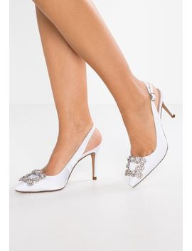 High Heel Pumps by Alma En Pena