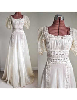 Rare Exquisite Victorian / Edwardian 1900s Sheer Cotton Romantic Embroidered Tea Gown Or Bridal Dress by Etsy
