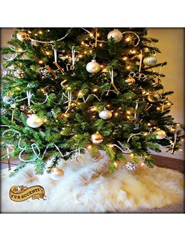 Christmas Tree Skirt Plush Shaggy Faux Fur White Round (5' Diameter, Bright Whtie) by Fur Accents