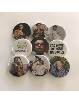 "1.25"" Harry Styles 2018 Pinback Pack Pins Buttons Badges Treat People With Kindness Pride Kissy by Pop Buttons"