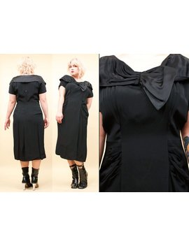 1930s 1940s Vtg Jet Black Satin Boatneck Bow Midi Cocktail Dress / Burlesque Pin Up Bombshell Volump Plus Size L 12/14 by Nanometer