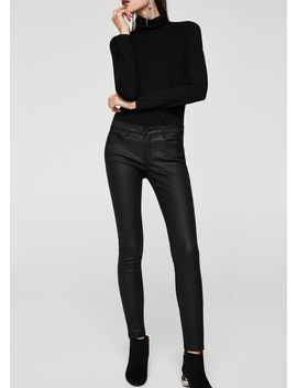 Kim Skinny Push Up Jeans Hlače S Premazom by Mango
