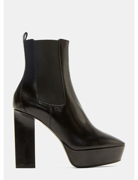 Vika 95 Chelsea Ankle Boot In Black by Saint Laurent