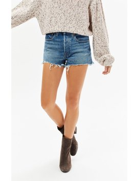 501 Caught In The Middle Denim Shorts by Levi's