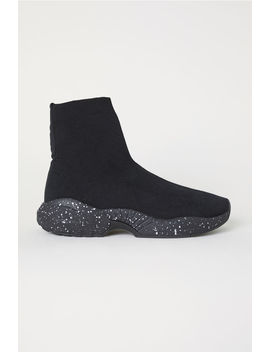 Formstickade Sneakers by H&M