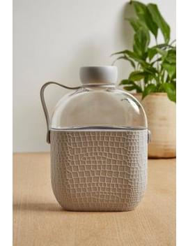 Wasserflasche Im Flachmanndesign by Urban Outfitters