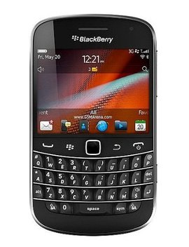 Black Berry Bold 9900 Gsm Factory Unlocked Phone   No Warranty (Black) by Black Berry