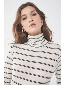 Uo Harley Turtleneck Top by Urban Outfitters
