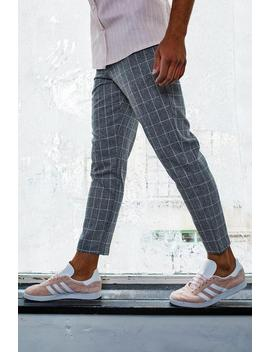 Dele Tapered Fit Trouser In Grey Windowpane Check by Boohoo