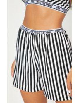 Prettylittlething Monochrome Floaty Shorts  by Prettylittlething