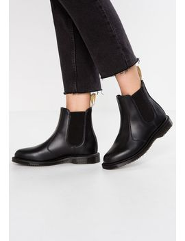 Vegan Flora Chelsea Boot   Stiefelette by Dr. Martens