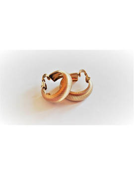 Napier Golden Hoop Clip On Earrings Brushed Textured Gold Tone Metal Hoops Clips Round Curved Wide Band Open Circle Dangle Drop Vintage by Vintage By Belle