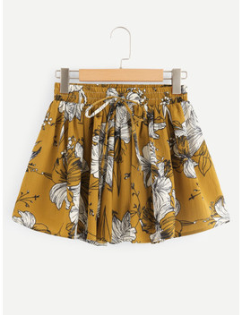Plus Floral Knot Ruched Shorts by Sheinside