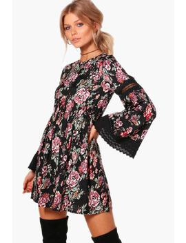 Petite Georgia Floral Crochet Trim Dress by Boohoo